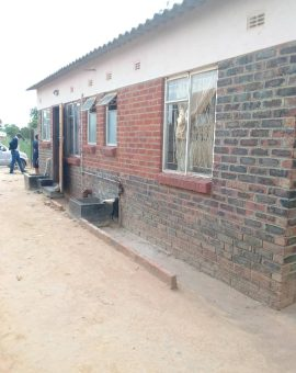 3 bedroomed house in New Zengeza 4 Chitungwiza